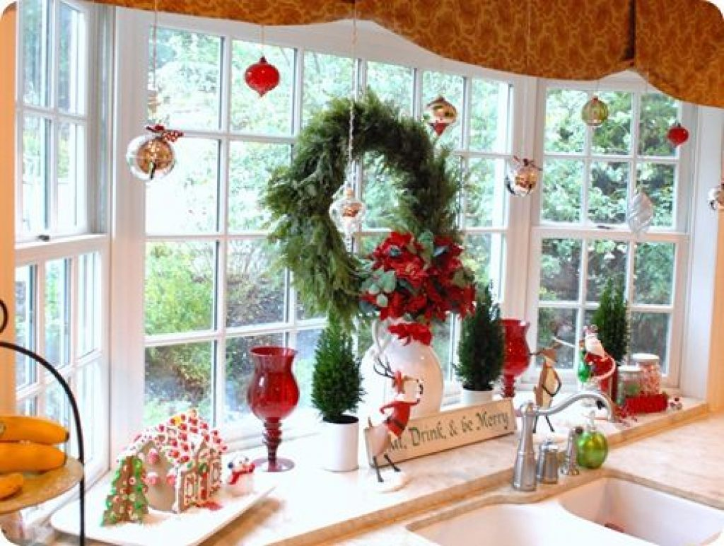 Christmas toy decorations idea for window