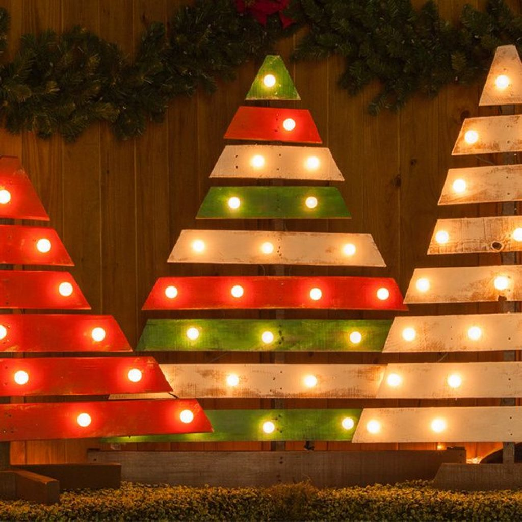 Wooden Tree ideas for Christmas decorations outside