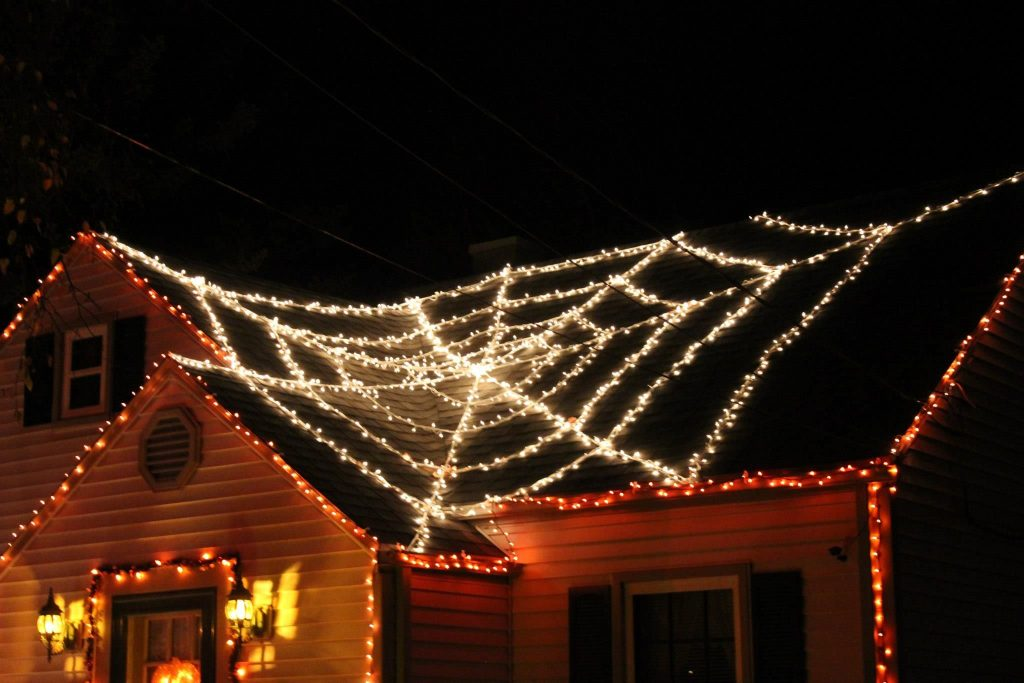 Web lights - Christmas Decoration Items Names For Outdoors