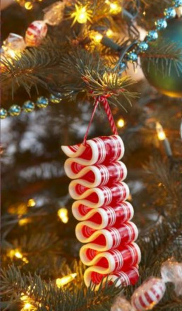 Peppermint Stripe Ornament - easy craft ideas for Christmas decorations