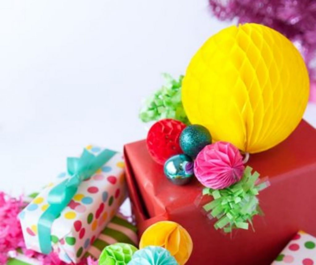Use Festive Gift Wrap - Best Ideas For Christmas Party Decorations