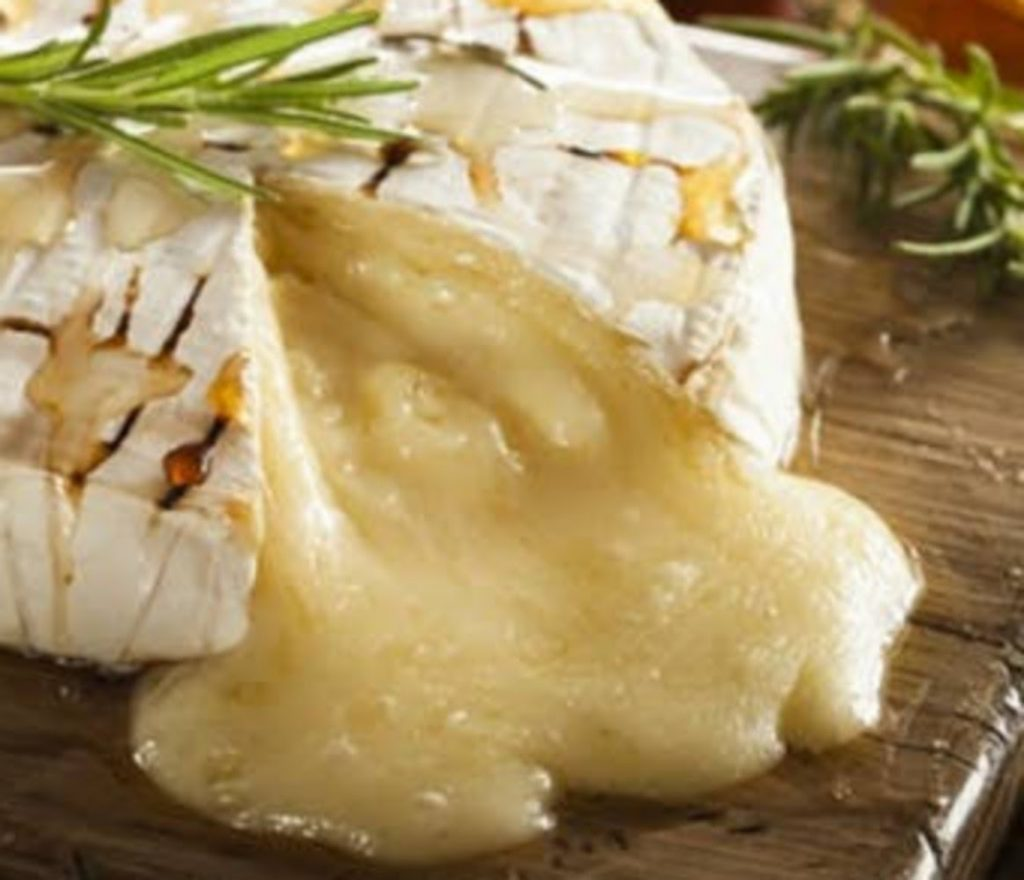 Bake Brie - Best Ideas For Christmas Party Decorations