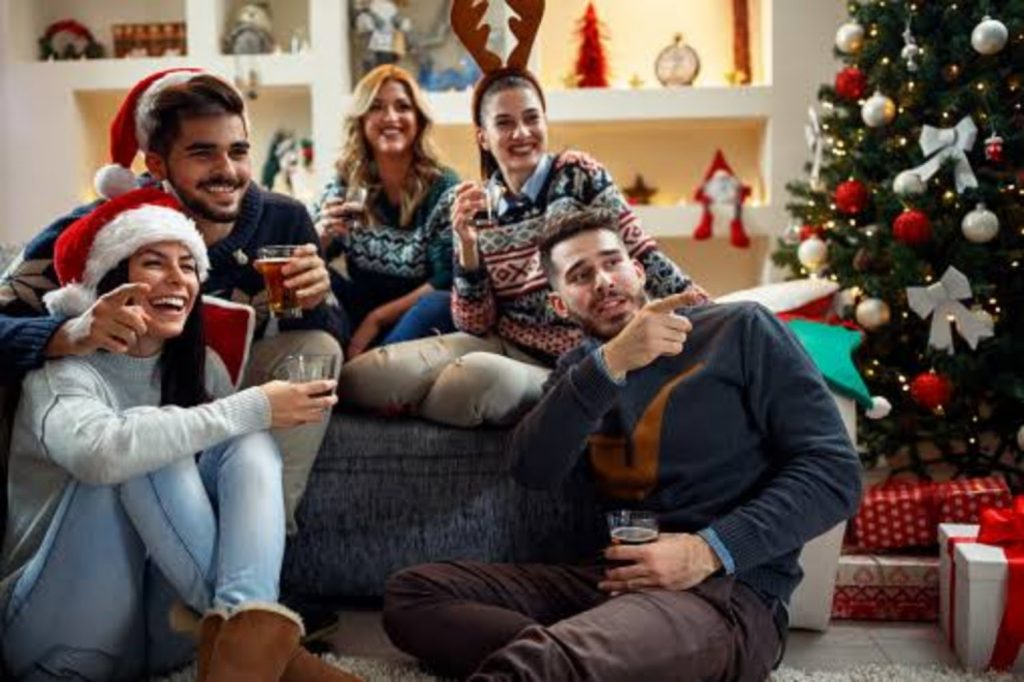 Watch Christmas Movies - Best Ideas For Christmas Party Decorations
