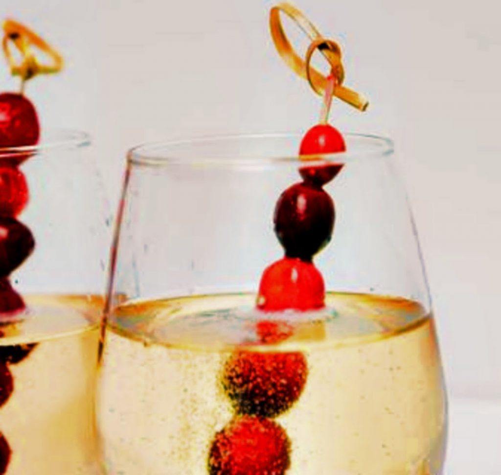 Dress Up Drinks - Best Ideas For Christmas Party Decorations