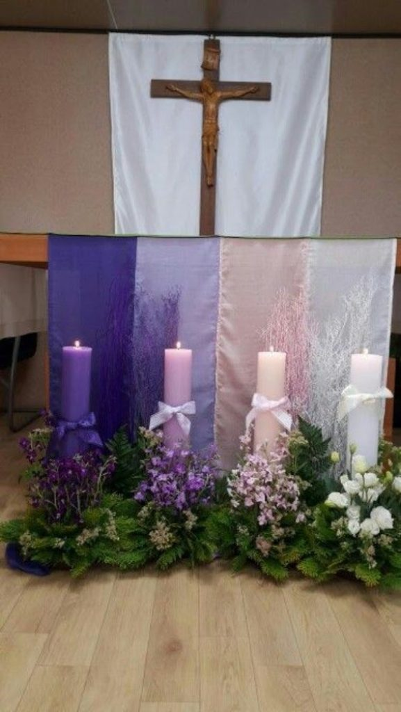 Play With Colours - Christmas Flower Decorations For Church
