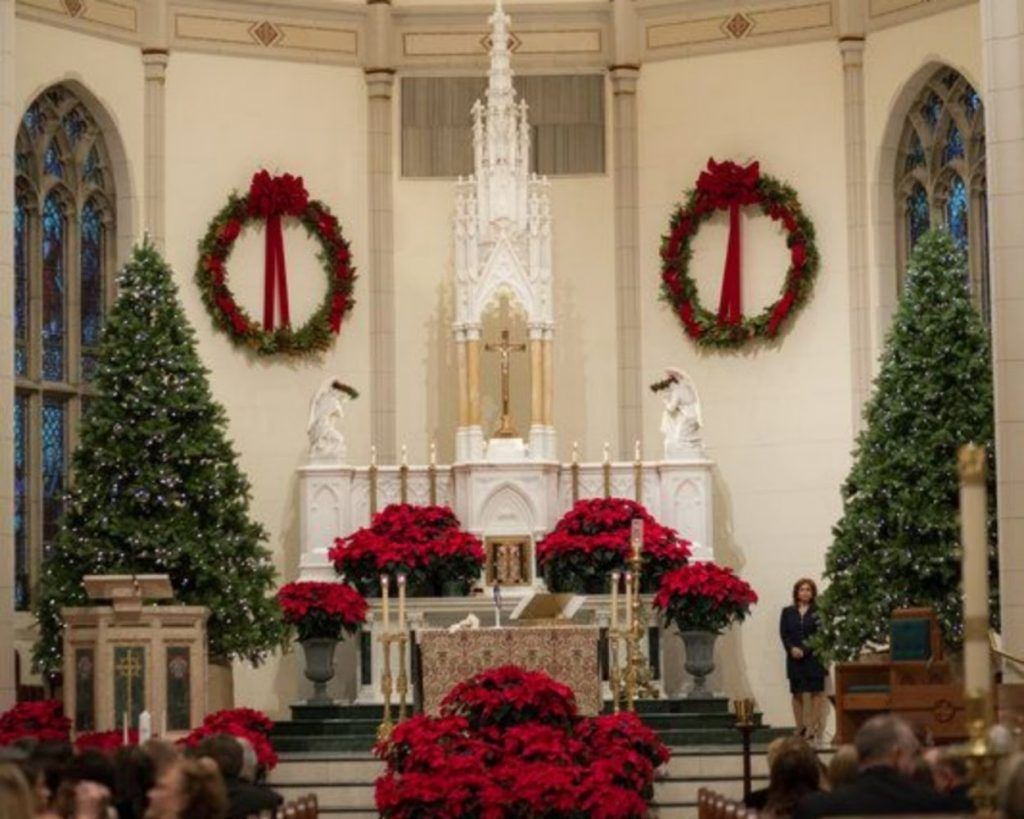 Pops of red and green - Christmas Tree Decorations For Church