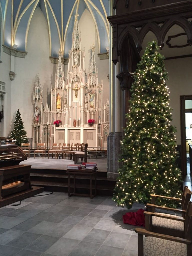 Classy Look - Christmas Tree Decorations For Church