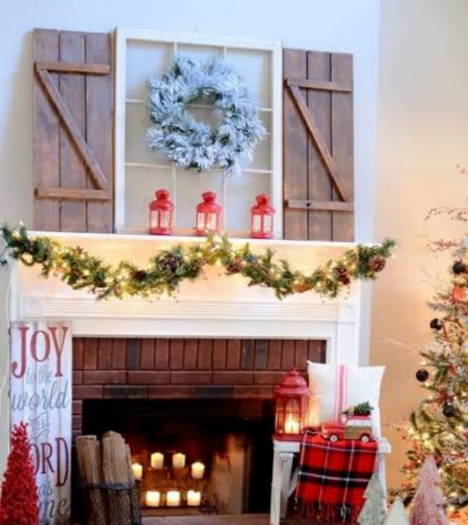 Collect Figurines - Home With Christmas Decorations