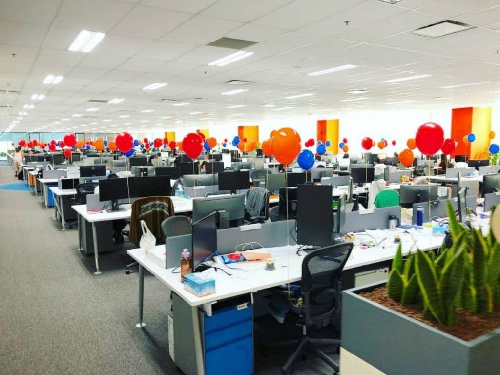 Get Playful with Balloons - Best Christmas Decoration Ideas for indoor Office