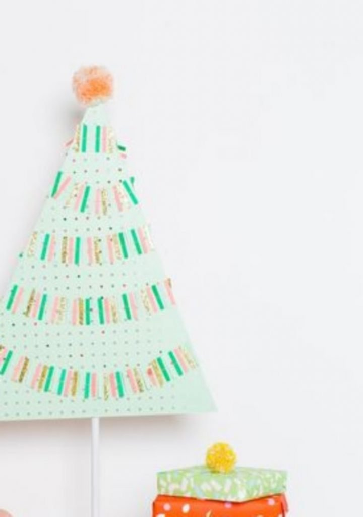 Pegboard Christmas Tree - DIY Christmas Decorations Cardboard And Paper