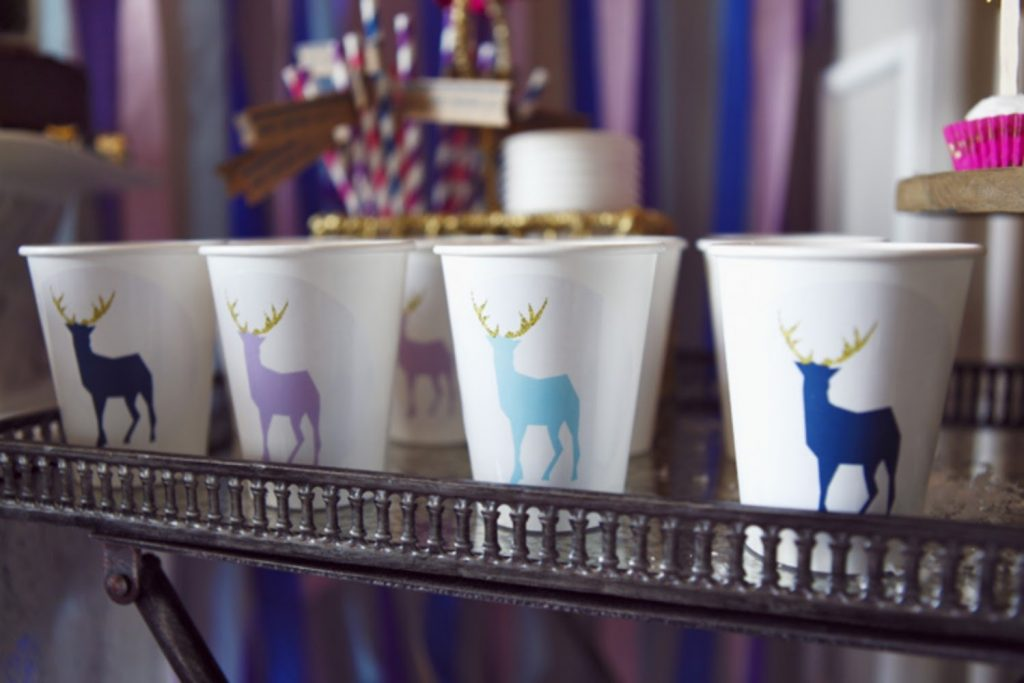 DEER CUPS - DIY Christmas Decorations For Office