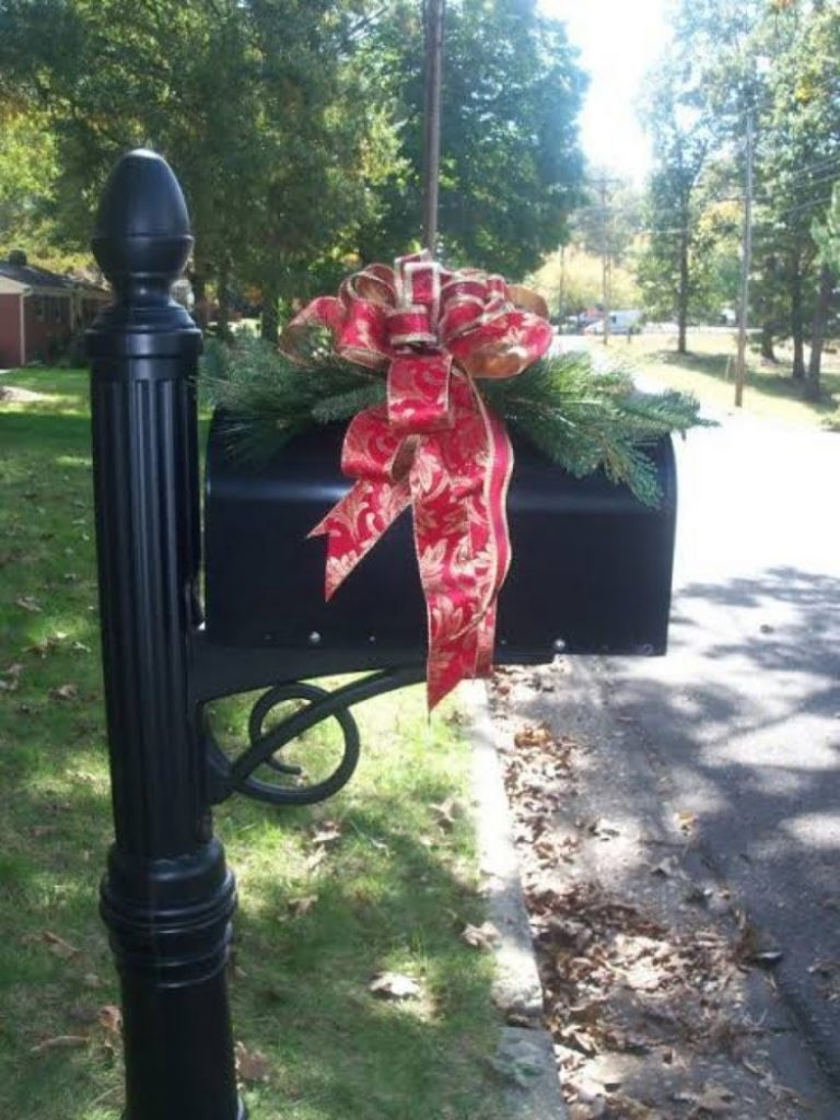 Bow for mailbox - Christmas Decoration Items Names For Outdoors