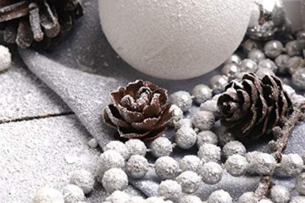 Use Pine Cone as Ornaments - Christmas decorations for dental office