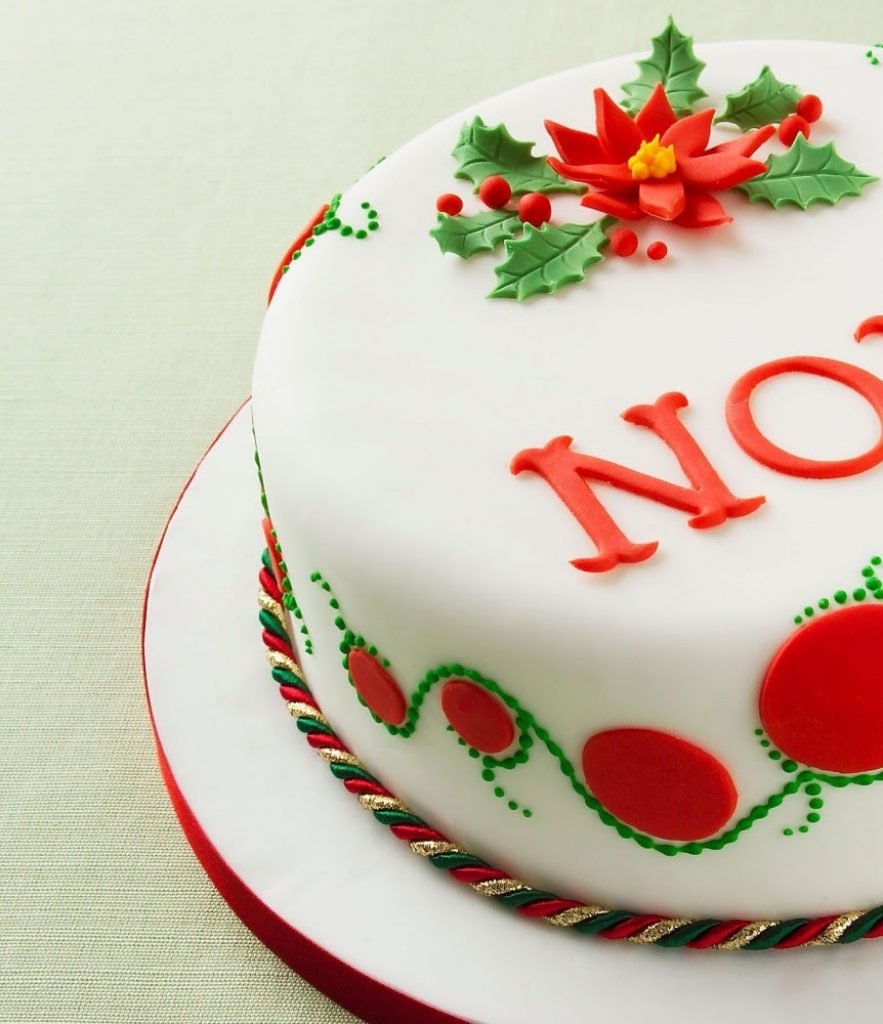 Poinsettia design Christmas cake